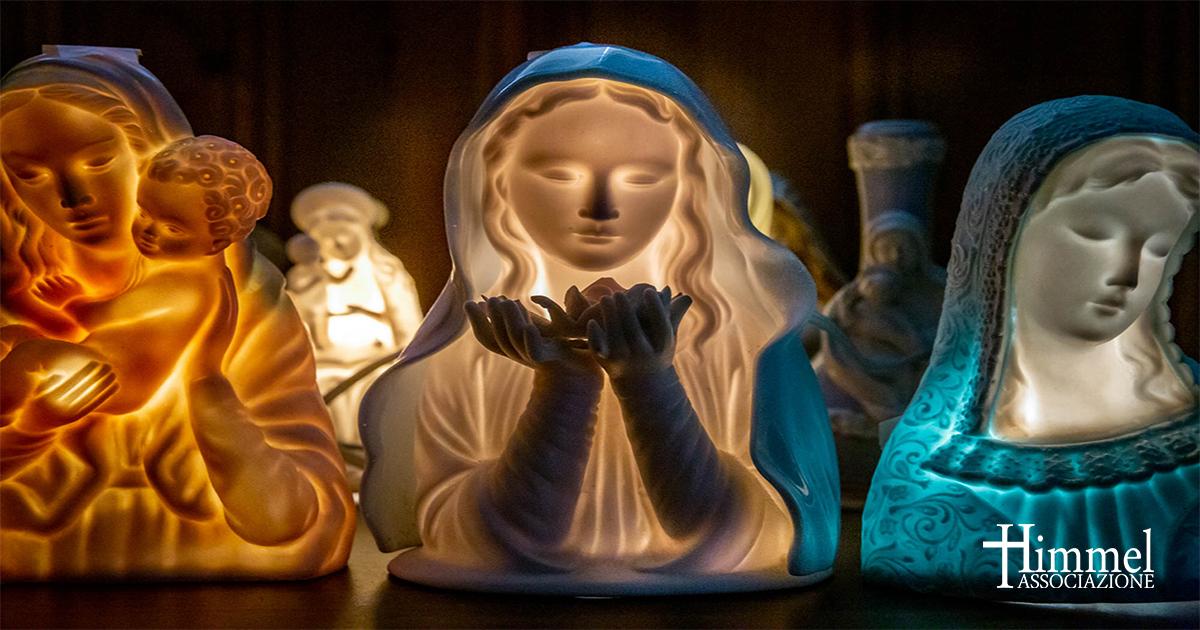 Img.: statue luminose della madonna